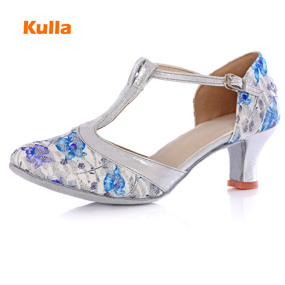 New Arrival Hot Sale Heeled Ballroom Tango Latin Dance Shoes For Women Dancing Salsa Shoes High-heel 5/7CM Adult Soft Sole
