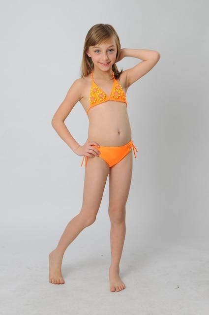 Bikini young girl sexe