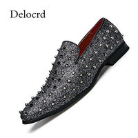 Luxury Casual Flats Shoes Man Leather Studded Rivets Spikes Shoes Top Quality Low Top Slip On Loafers Party Dress Shoes Delocrd