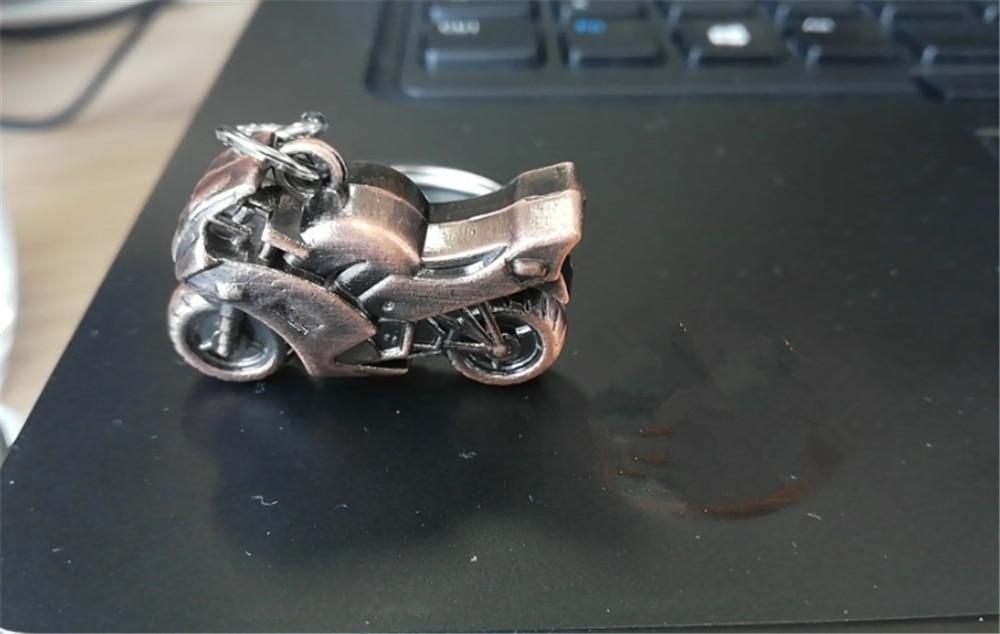 รถจักรยานยนต์จำลองพวงกุญแจโลหะแหวนจี้สำหรับ HONDA CB190R VT1100 GROM MSX125 Honda XADV 750 X-11