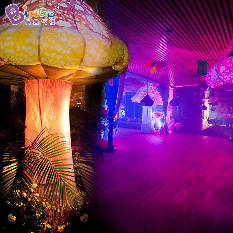 inflatable mushroom with led lighting for stage decoration/alice theme 3m high or customize BG-A1037 flashing toy
