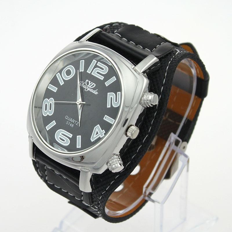 montre femme bracelet cuir large