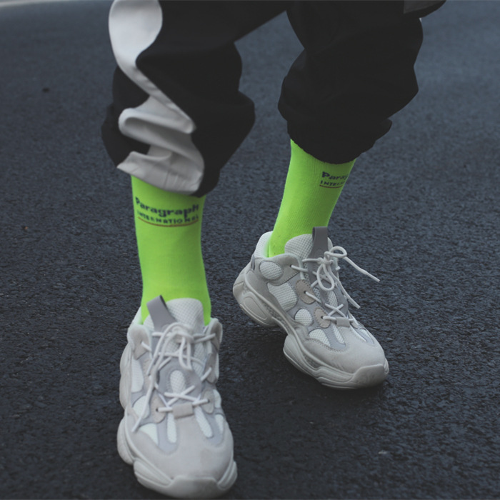 2019 nouveau fluorescent couleur vert chaussettes ins Harajuku style hommes et femmes dans les chaussettes rue tir bas marée