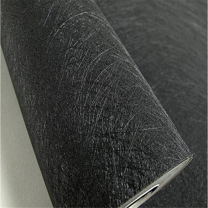Купить с кэшбэком beibehang Modern simple black and white brushed hotel hotel wallpaper PVC plain silk clothing store decoration wall paper