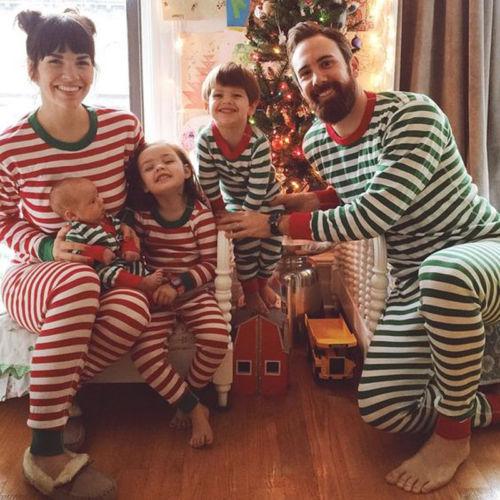 f886c6ce75 2017 Xmas 2Pcs Family Matching Christmas Pajamas PJs Sets Dad Mum Kids  Cotton Sleepwear Nightwear Red Green Striped UK STOCK