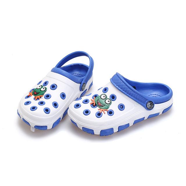 2017 buracos respirável meninos da criança verão sandálias slip on casual praia eva tamancos meninos infantis de verão shoes sapatos nino