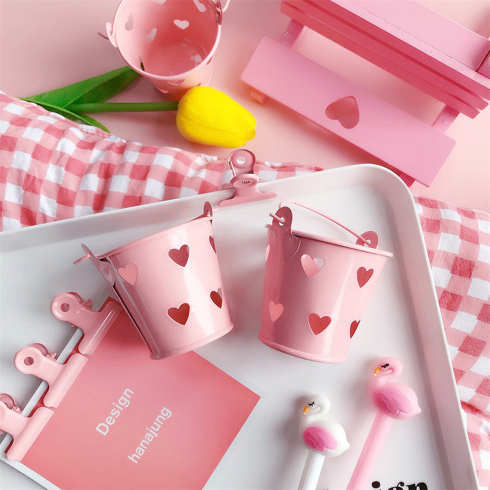 Cute Girl Heart Mini Pink Desktop Stationery Holders Bucket Storage Pen Holder Soft Cute Box Bedroom Storage 6.0cm*5.5cm 1Piece