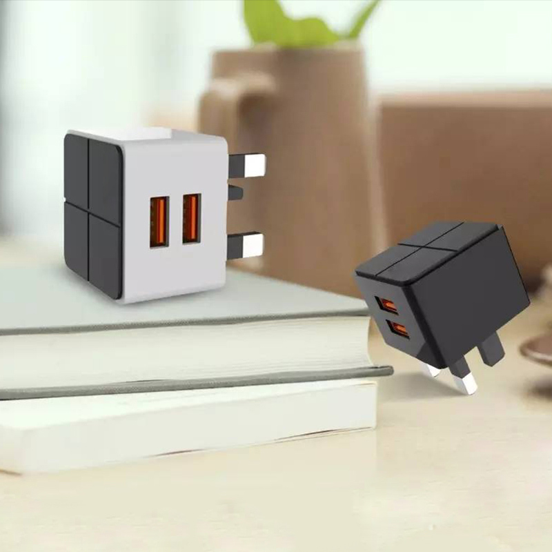 USB Charger UK Plug Dual Ports 2 Ports Portable Travle Wall Charging Charger 5V 2.4A Universal Adapter For Mobile Phone PLB106N