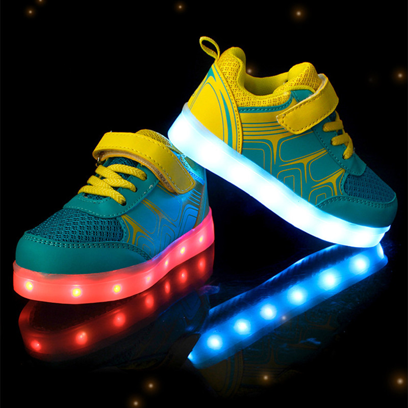 все цены на Kids USB Charge Shoes Led Children Shoes Luminous Sneakers Light up shoes for boys and girls casual sneakers pink orange yellow онлайн