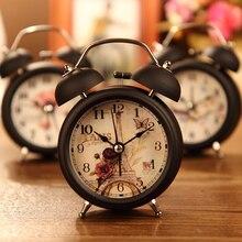 Moda Loudly Campana de Metal Reloj Despertador Con Luz de Fondo de Cabecera Reloj De Mesa Puntero de Alarma Libre de La Batería