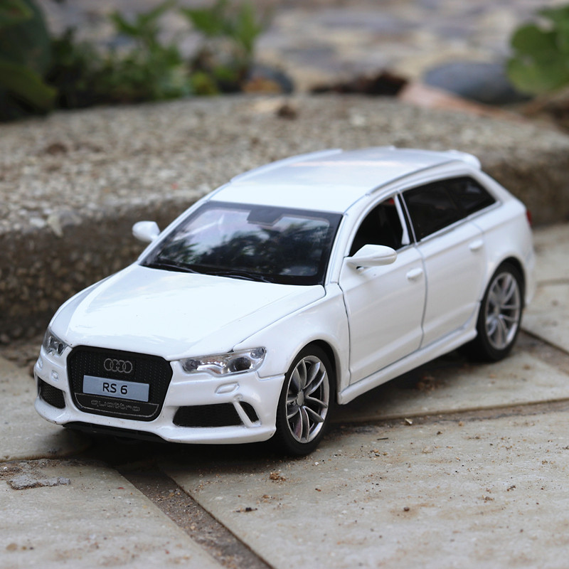Electric Alloy mkd3 Scale Car Models Die-cast coche carro Toys for Children mkd3 1:32 auto Vehicle Audi rs6 Business SUV