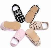 2018 Spring New High Quality Hard Rubber Sole Genuine Leather Handmade Polka Dot Baby Maccasins Shoes