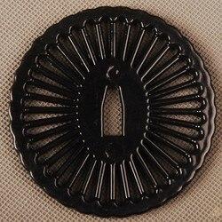 W nowym stylu wykwintne Tsuba osłona dłoni ze stopu do montażu na japoński samuraj miecz Katana lub Wakizashi ładne metalowe rzemiosło w Miecze od Dom i ogród na