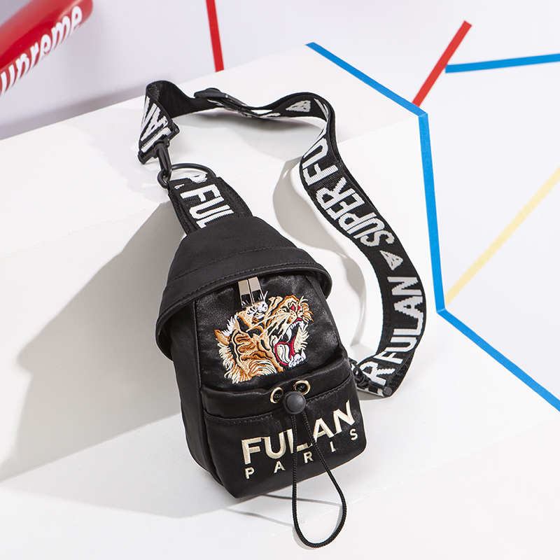 Women  Chest Packs Fanny Pack  Style 2019  Embroidery Bag With Print Letter Woman Bag Hip Hop Hip Bum Bag For Travel Dailylife