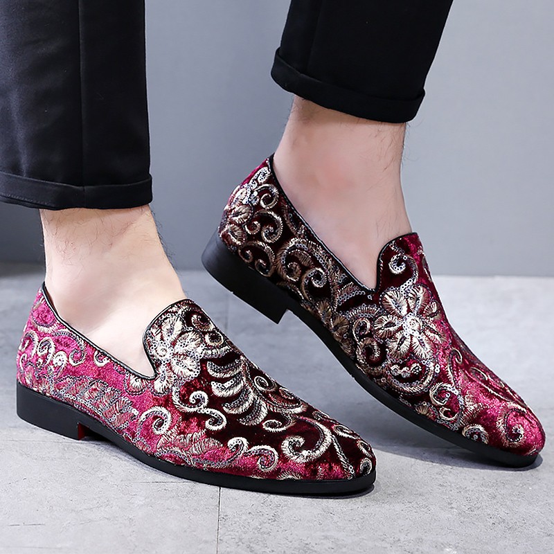 Shoes men loafers mixed colors casual shoes embroidery 2019 new arrival plus size 37-48 china style autumn shoes tenisShoes men loafers mixed colors casual shoes embroidery 2019 new arrival plus size 37-48 china style autumn shoes tenis