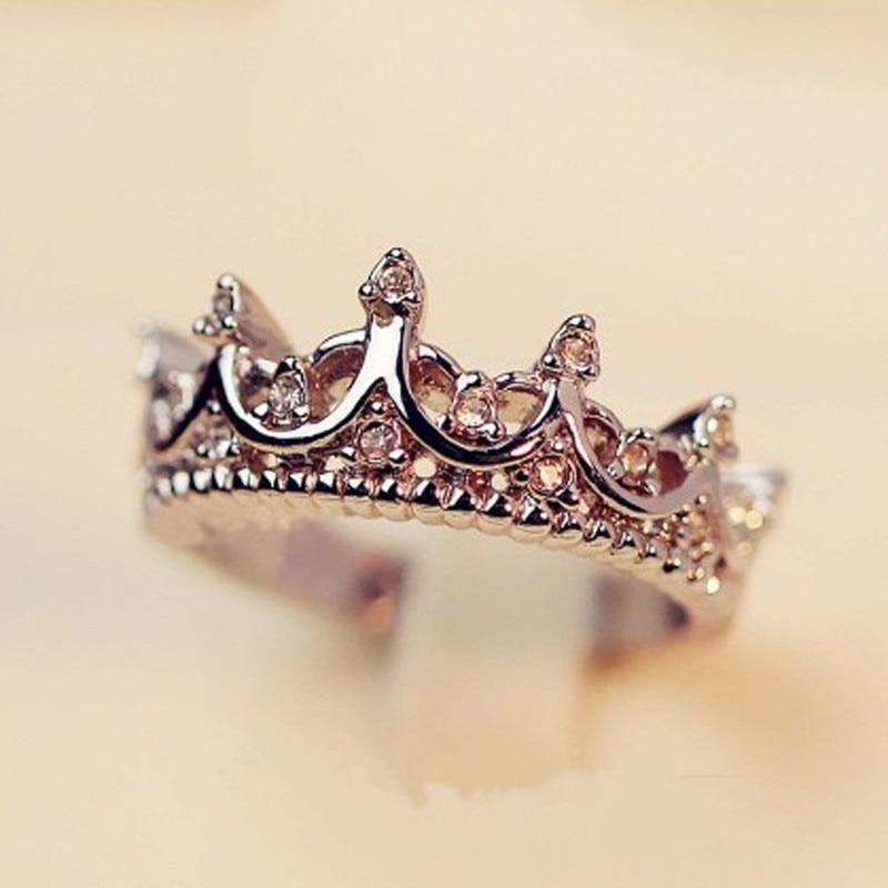 2018 Mode Kristall Cz Stein Crown Ringe Für Weibliche Silber Überzogene Finger Ringe Frauen Schmuck Hochzeit Zubehör Ring Für Dame Gesundheit Effektiv StäRken