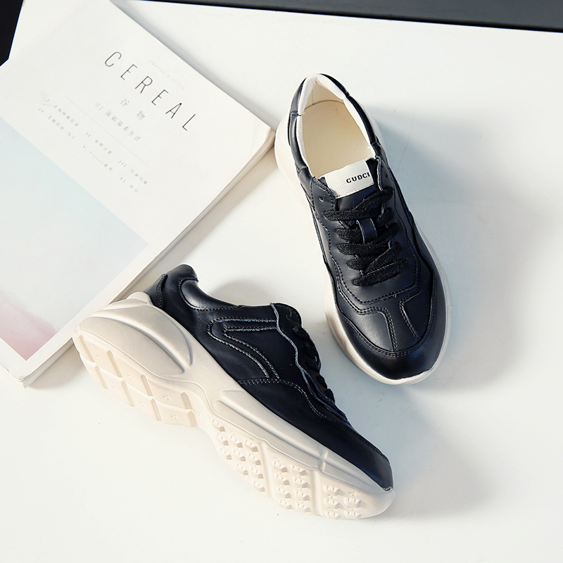 2018 Jogging Trendy Shoes for Women Comfortable Ladies Shoes Luxury Brand Lace Up Black White Women Walking Outdoor Sport Shoes