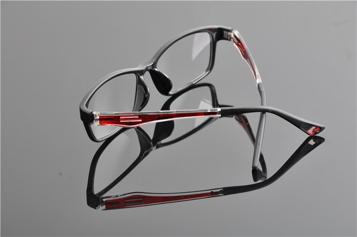 c4 black red frame (4)