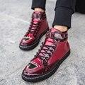 Hombres de la moda de 2016 Nueva de la Marca Casual Para Hombre Zapatos de la Bota Del Tobillo Botas de Primavera de Cuero para Los Hombres del Top del alto Remaches Hebilla Plana zapatos