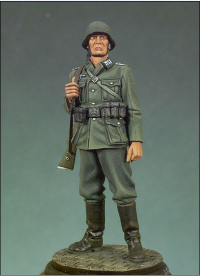 1:35  German Soldiers World War II