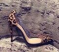 W-Envío Gratis 2017 Europea nuevo estilo de moda mujer zapatos solo bombas moda punta estrecha tacones altos leopardo color rojo