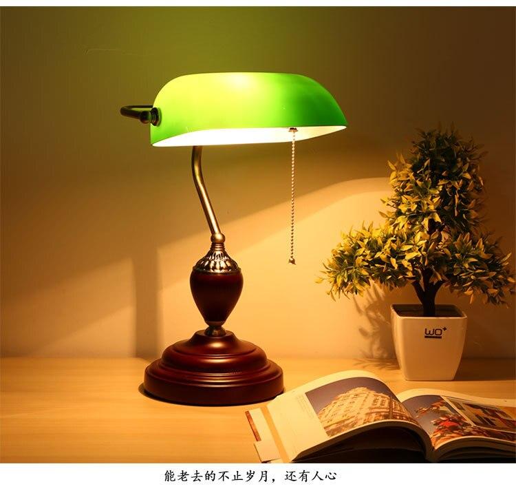 Туда Бесплатная доставка американский кантри Стиль дерево настольная лампа Зеленая Крышка Настольная лампа твердой древесины база настол...