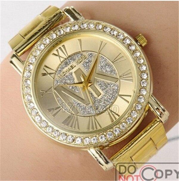 Casual Geneva Dress Watches Silicone Watch 10 Colors Analog Quartz Watch Women Bracelet Watch Clock Hot
