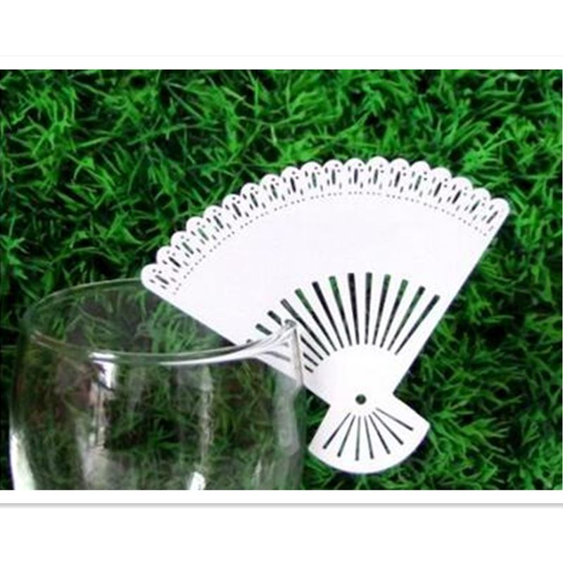 100pcs Lacer Cut Paper White Fan cards Table Paper Wine Glass Cup Card Escort Table Mark for Wedding Party Home Decorations