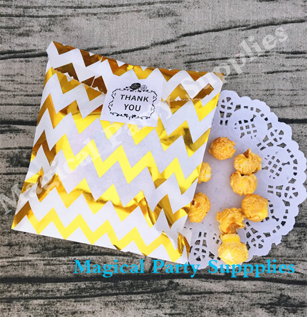125pcs Gold Chevron Favor Bags 5x7 Foil Candy Paper Bags Party Sacks Gold Zig Zag Shop Packaging Bag Wedding Birthday Favor