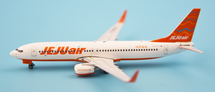 new Phoenix 1: 400 04122 Korea Jeju Airways B737-800 / w HL8051 Alloy passenger model Collection model Holiday gifts fine phoenix 1 400 11198 thai airways b787 8 hs tqb alloy aircraft model collection model holiday gifts