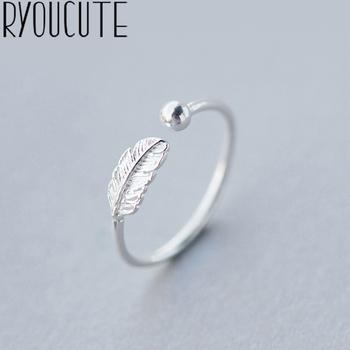 RYOUCUTE 100 prawdziwe srebro kolor biżuteria moda koraliki z piór pierścionki dla kobiet oświadczenie Bijoux antyczny pierścionek Anillos tanie i dobre opinie CN (pochodzenie) Miedziane Kobiety Metal TRENDY Obrączki ślubne FEATHER Zgodna ze wszystkimi Poprawiające nastrój Statement Rings