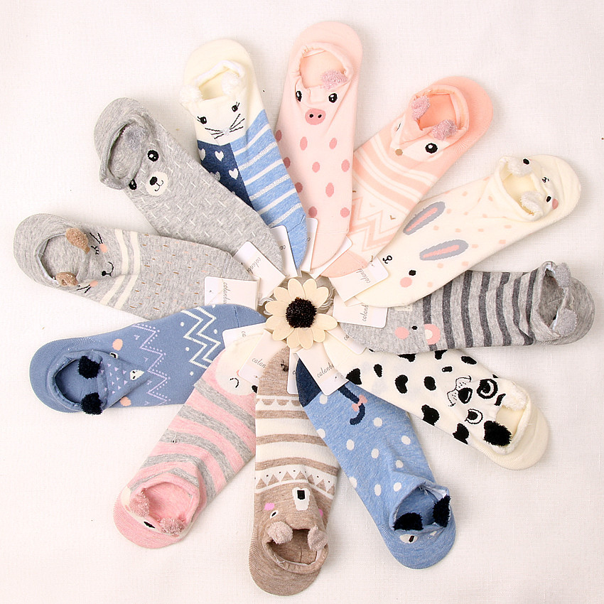 Japan and South Korea stereo ear cartoon animal Harajuku cute candy bar invisible socks can not afford ball and rabbit pattern