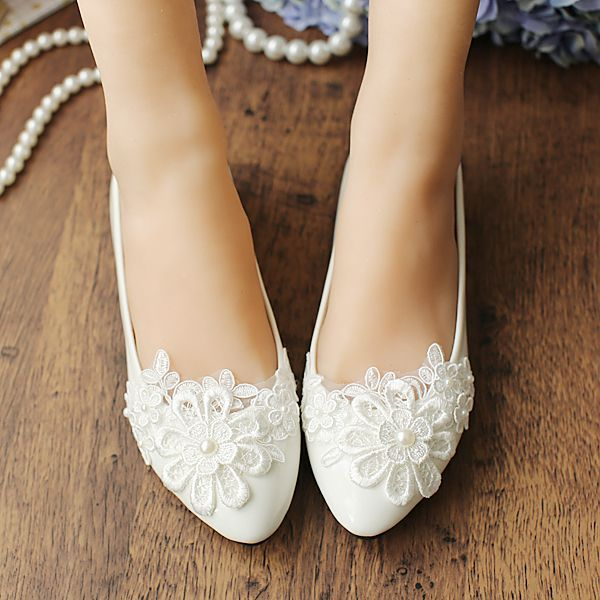 Aliexpress buy 2017 flat heel flat wedding shoes for women aliexpress buy 2017 flat heel flat wedding shoes for women white lace flower pearl womens bridal shoes sweet lace wedding shoe from reliable wedding junglespirit Choice Image