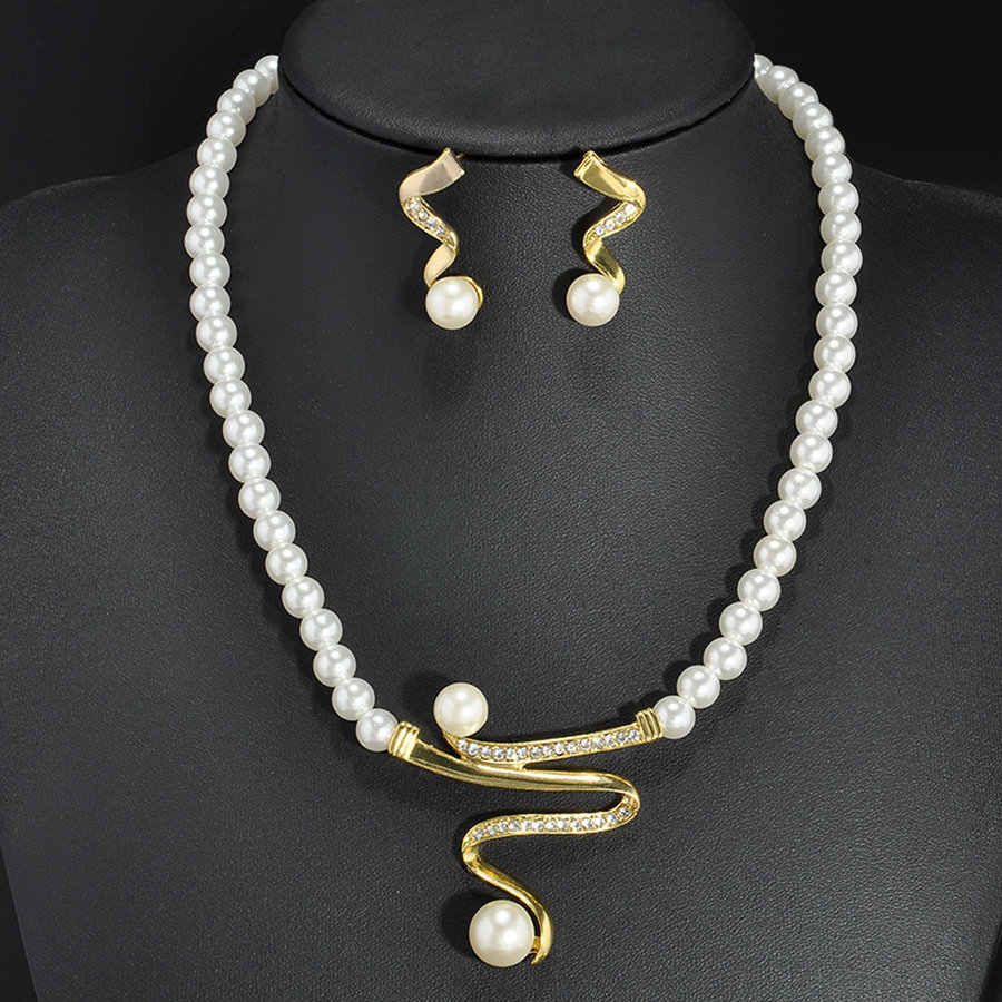 2019 New Simulated-pearl African Jewelry Set Pearl Necklace Earrings for Party Fashion Woman Jewelry Parure Bijoux Femme Mariage