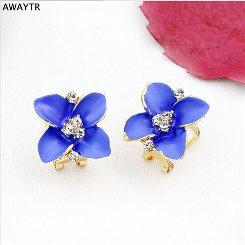 AWAYTR Brilliant Crystal Ear Clip on Earrings for Women Flower Clip Earrings without Piercing Women Fashion Jewelry Wholesale