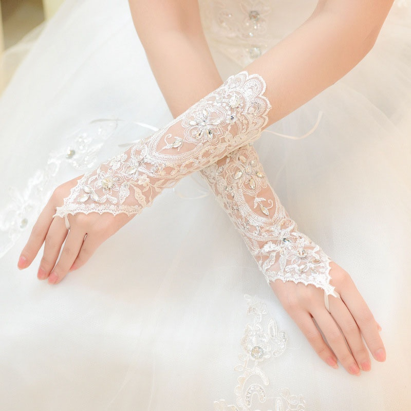 Bride White Short Gloves Beads Rhinestone Lace Fingerless Gloves For Weddings