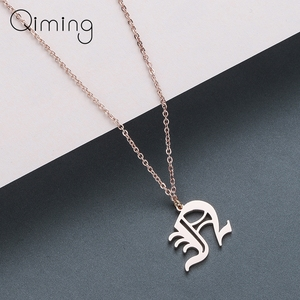 Old English 26 Letters Pendant Necklace for Women Charm Jewelry A B C D E F G H I J K L M N O P Q R S T U V W X Y Z