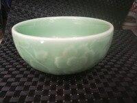 Chinese old porcelain green glaze porcelain bowl