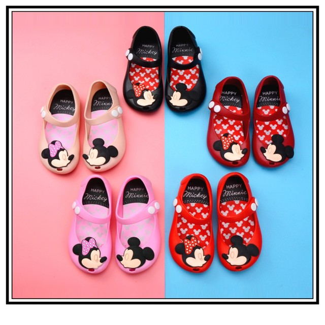 266e53dec9f6 Toddler Kids Summer Shoes Candy Color Non-Slip Beach Shoes for Girls Mickey  Mouse Jelly Shoes Mary Jane Flats Girls Clothes