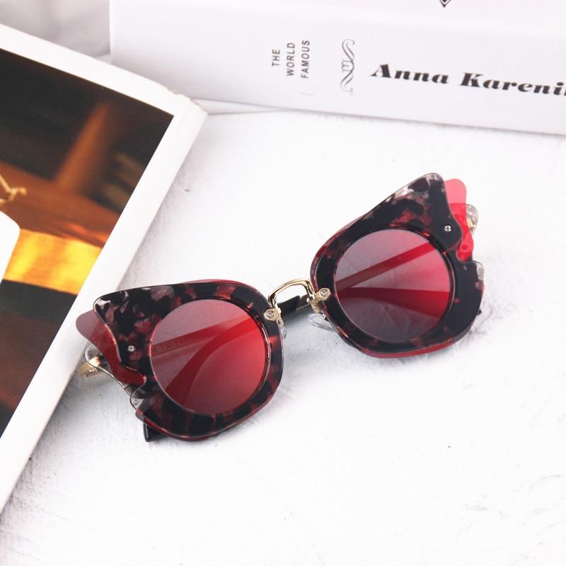 2017 Mode Großen Rahmen Sonnenbrille Kinder Hohe Qualität Schmetterling Dekoration Mädchen Sonnenbrille Integrierten Linsen Rosa Rahmen Lxl