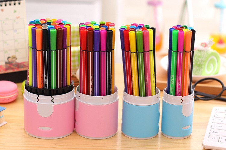 все цены на 12pcs/18pcs/24pcs/36pcs water colour drawing pen marker Useful Pack Of Colours Fine Point Permanent Marking Pen Marker ink Pens онлайн