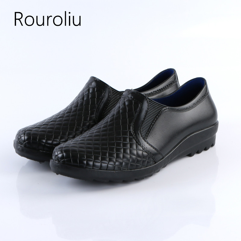 Rouroliu Imitation Leder Regen Stiefel Wasserdicht Wasser Schuhe Mann Gummistiefel Komfortable Nicht-slip Hard-tragen Rain Rt235 HeißEr Verkauf 50-70% Rabatt Home