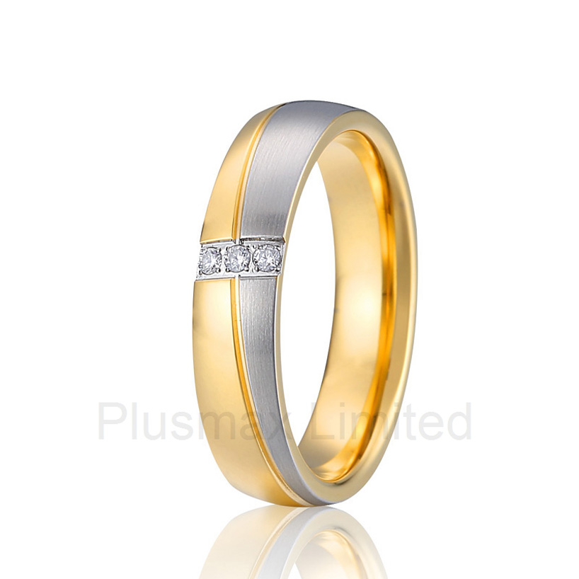China Manufacturer beautifu two tone classic l lovers women titanium steel wedding band couple rings