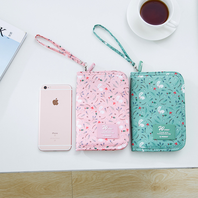 QEHIIE Brand Passport Cover Lovely Printing  Animals And Plants Travel ID Holder 2017 Passport Clip Short Passport Sets Holder