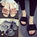 Девушки розовые меховые тапочки женщина вянут меховой слайдов письмо вышивка женщина дизайн бренда сандалии меховые сандалии леди черный серый слайды