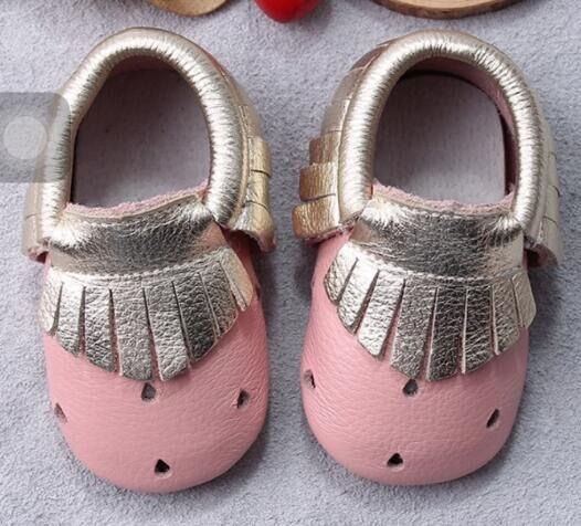Comercio al por mayor 50 par/lote Nuevos Mocasines Zapatos de Bebé de Cuero Genuino a cuadros Bebé gilrs niños Zapatos Recién Nacido primer caminante Zapatos Infantiles