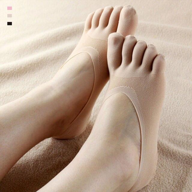 noski-na-nogah-ero-foto-podruga-hochet-trahnut-russkom-onlayn