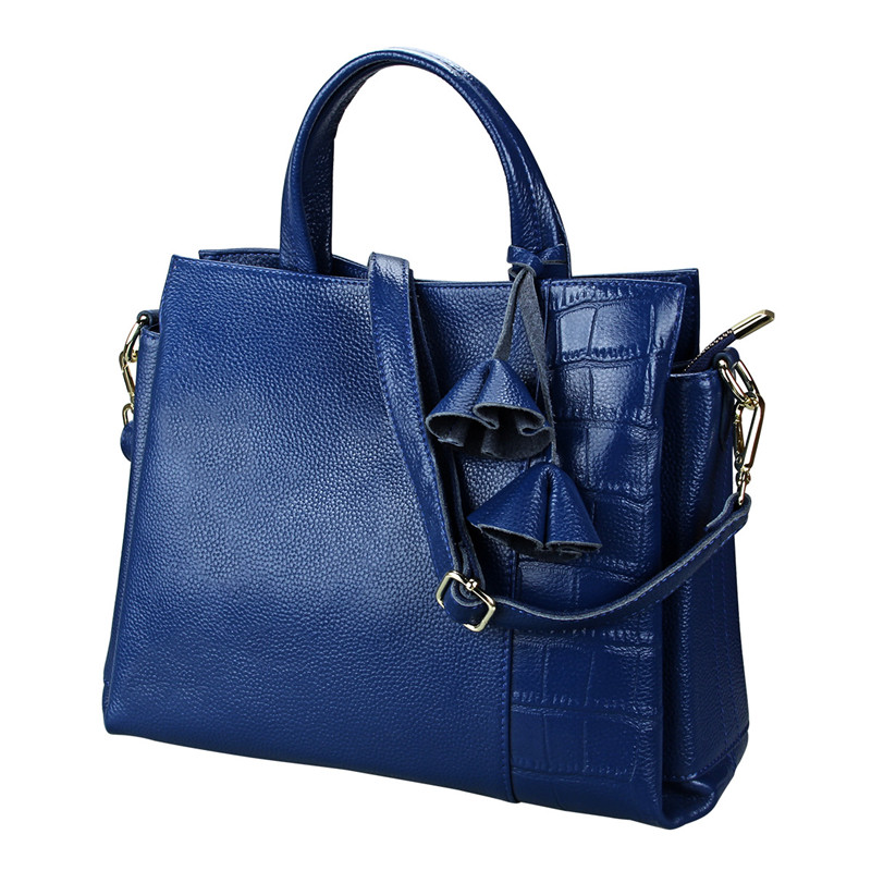 New genuine leather women handbags casual cowhide shoulder bag large capacity tassel big tote bags handbags women famous brands elunico 2018 new large capacity cowhide tote bags handbags women famous brands genuine leather messenger shoulder bag sac a main