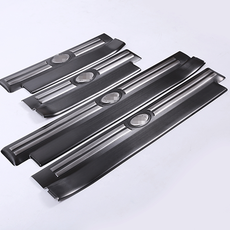 4pcs Black Stainless Steel Inner Door Sill Scuff Plates Cover Trim Parts For Land rover Discovery 4 LR4 2010-2016 Car-Styling for land rover discovery 4 lr4 accessories abs dark wood grain center console ac outlet cover trim sticker for lhd 2pcs set