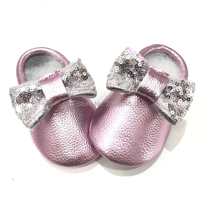 New Arrived New Shine Pink Genuine Leather Baby Moccasins Girls Baby Shoes Soft Bottom Bow Moccs Newborn Baby First walkers